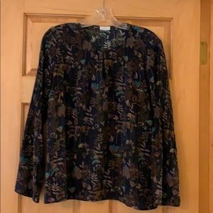 Ecru silk blouse with bell sleeve